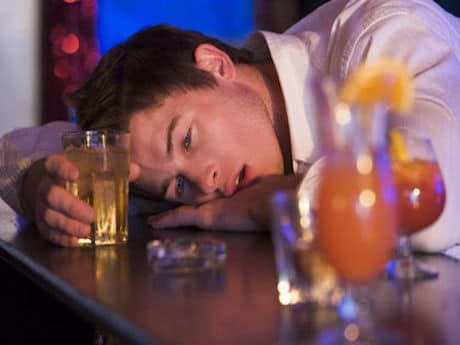 الکل ریسک انواع سرطان را افزایش میدهد