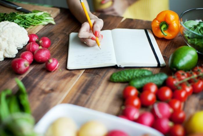 نوشتن غذاهای خوب برای ترک اعتیاد
