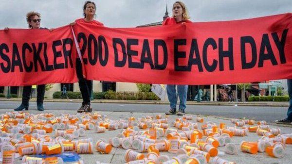 ثروتاندوزی داروسازان آمریکا با معتاد کردن بیماران