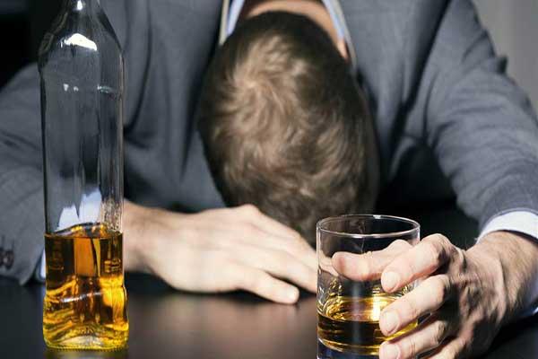 اعتیاد به مشروب