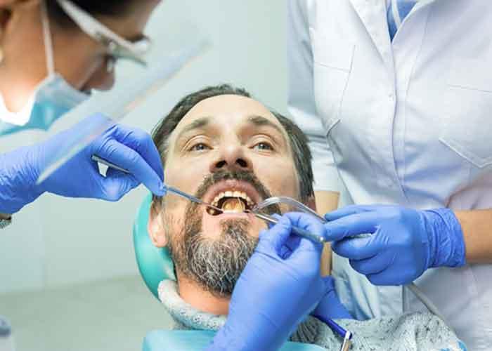 تاثیر اعتیاد بر دندان ها