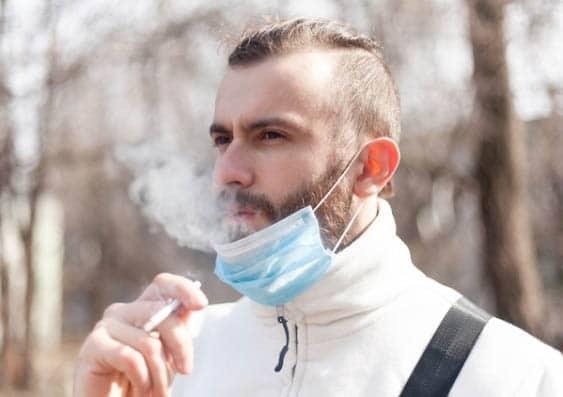 تاثیر کشیدن سیگار بر کرونا