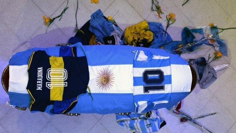 خبر فوت مارادونا و اعتیاد