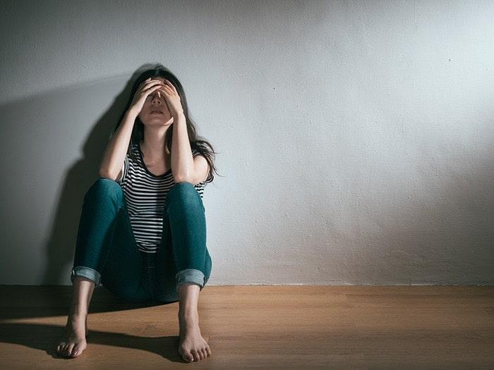 بررسی رابطه میان اعتیاد و اختلال روحی